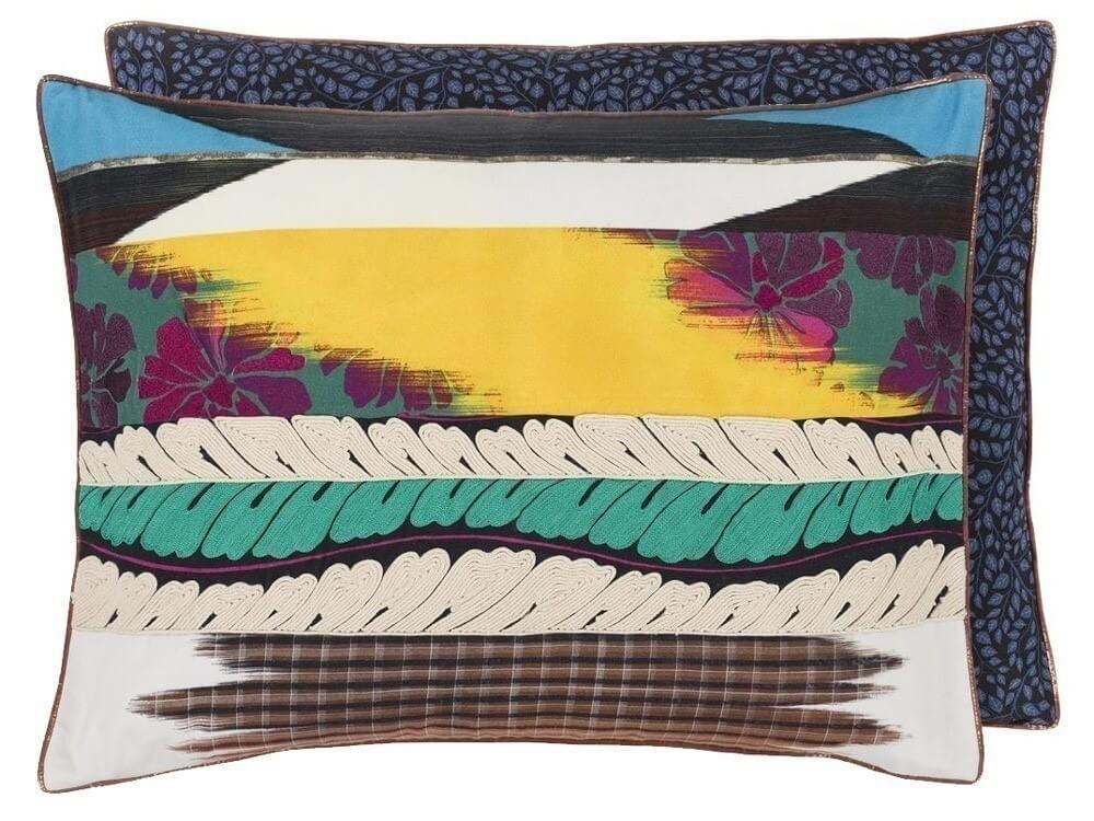 coussin geisha prisme christian lacroix. Black Bedroom Furniture Sets. Home Design Ideas