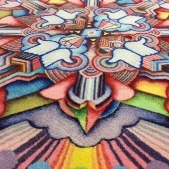 In Like We Trust Rug Rainbow MOOOI