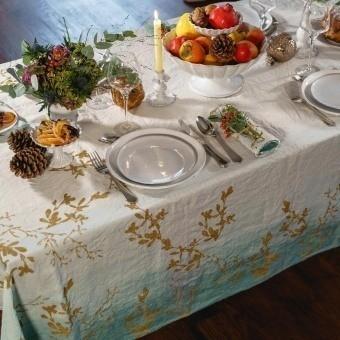 Golden Mistletoe Oxyde Tablecloth 175x175 cm Bertozzi