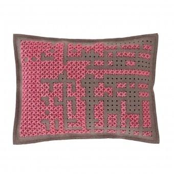 Abstract Medium Cushion Carbon Gan Rugs