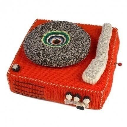 Tourne disque en crochet Anne-Claire Petit Mandarin Record-Player-300-109-061 Anne-Claire Petit