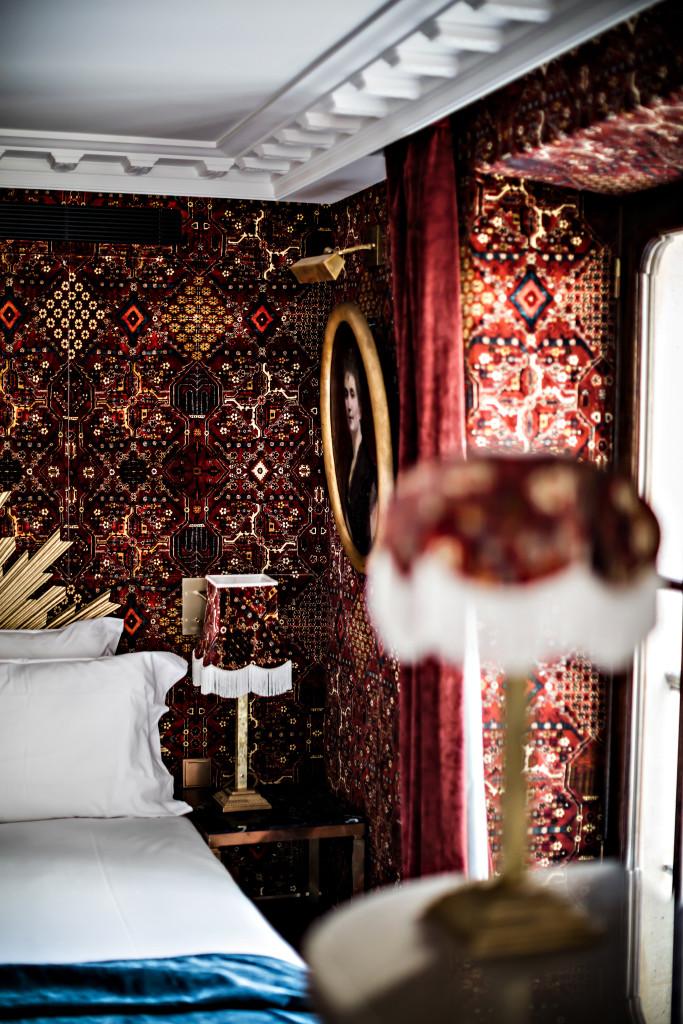 Hotel Providence - benoit linero - chambre rouge (1)